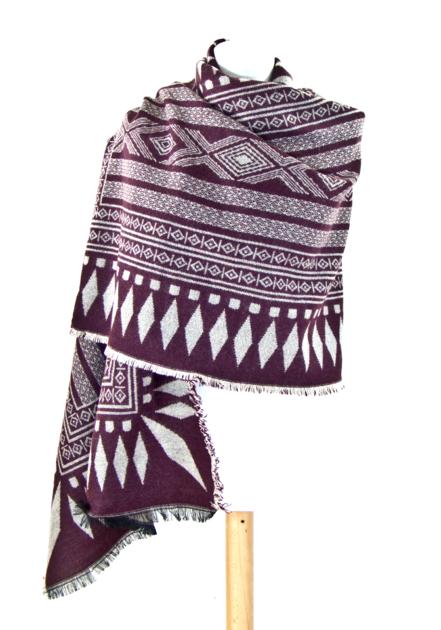 Châle en laine bordeaux ethnique - Châle-Poncho - Mes Echarpes ... 57186f08363