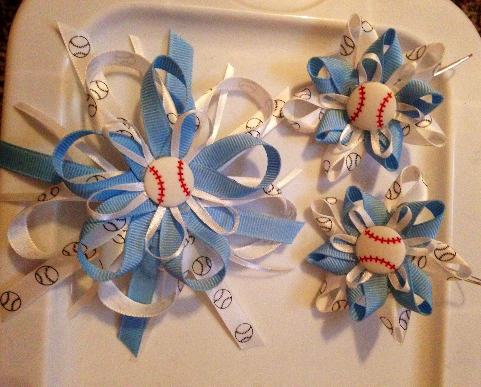 Baseball earrings and hair bow for mommy to wear to show her support!!!! So proud!
