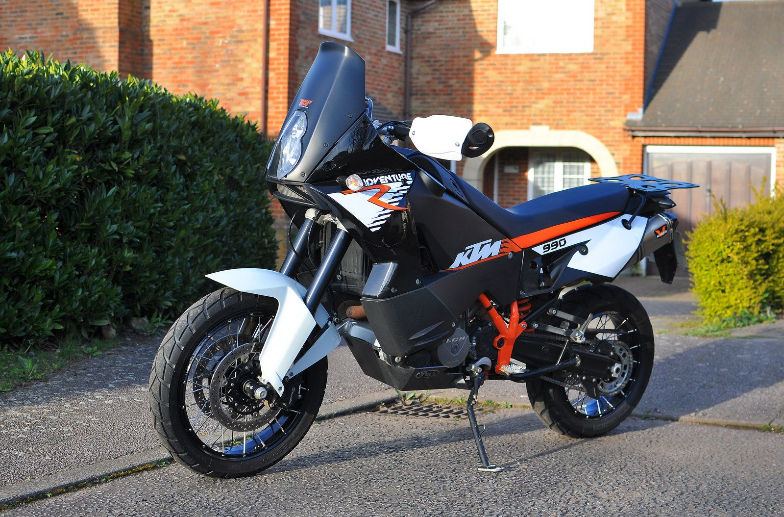 KTM 990 adventure R with 19/17 wheels - Caponord rims and