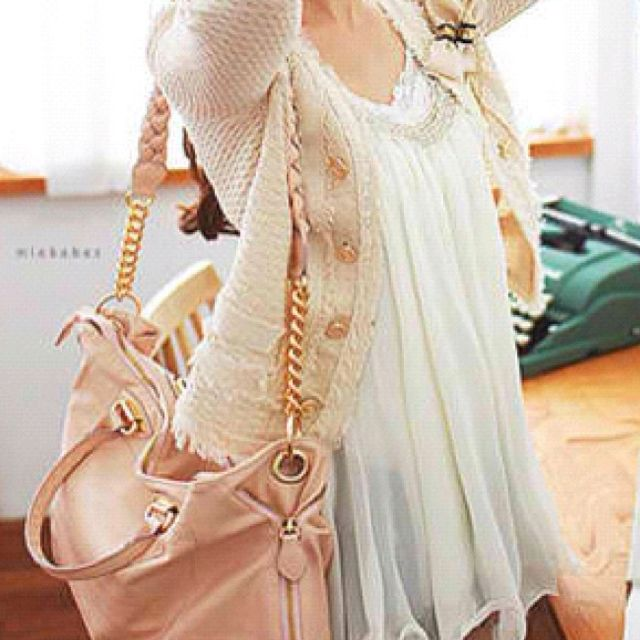 Love love loveee especially the pink bag