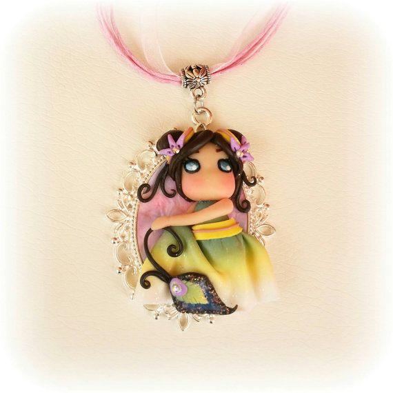 Collana con cammeo bambolina Juri Ueda