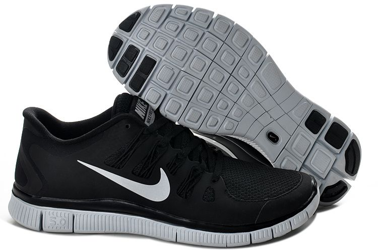 Nike Free Run 5.0 V2 Mens Black White_4.jpg (750×500)