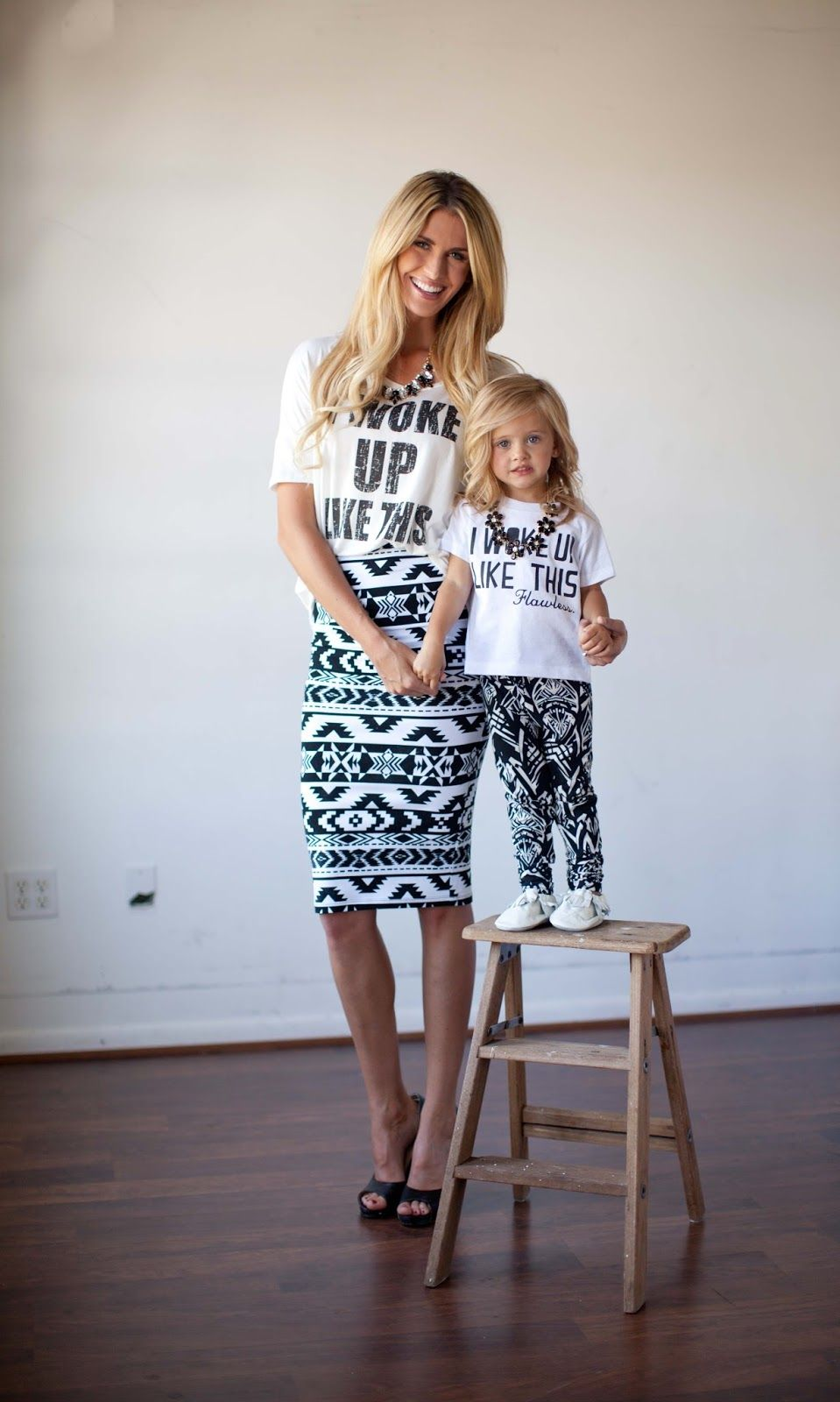 a470a3069920a بالصور: أجمل إطلالات الأمهات مع بناتهن بنفس الملابس | My Style ...