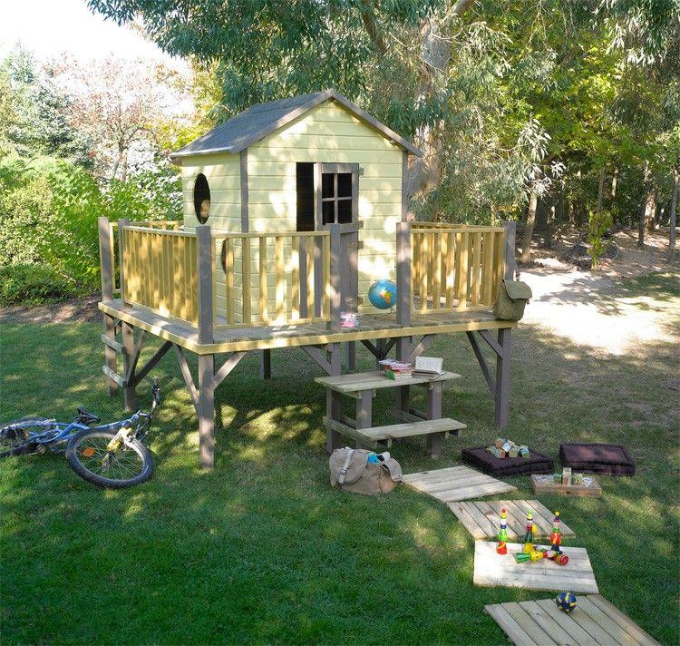 maisonnette bois sur pilotis tour de ronde backyard. Black Bedroom Furniture Sets. Home Design Ideas