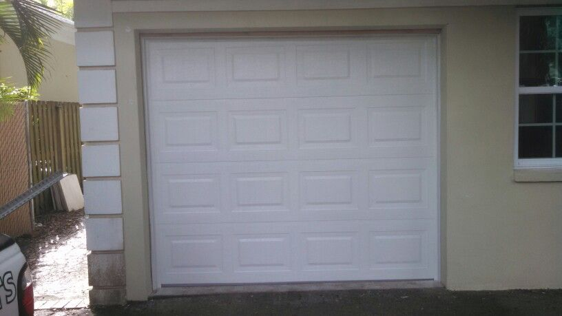 Overhead Door S Traditional Steel 9x7 Garage Door Recently Installed In Tampa Fl 9x7 Garage Door Overhead Door Garage Doors
