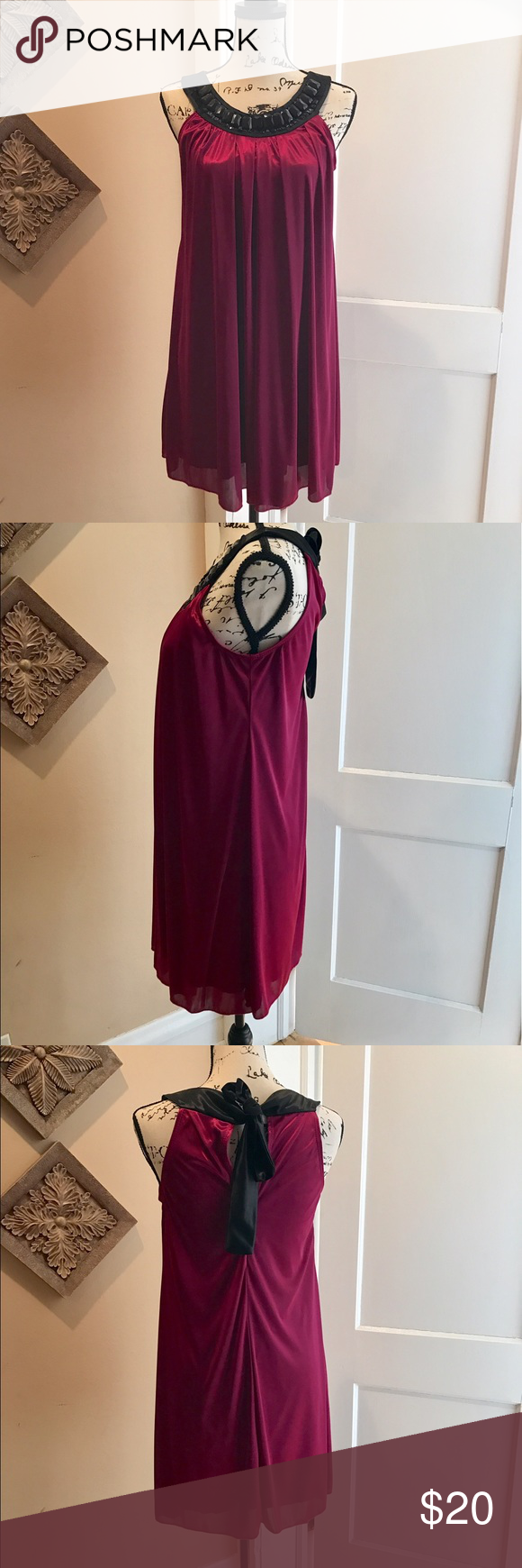 Gorgeous cocktail dress magenta and neckline