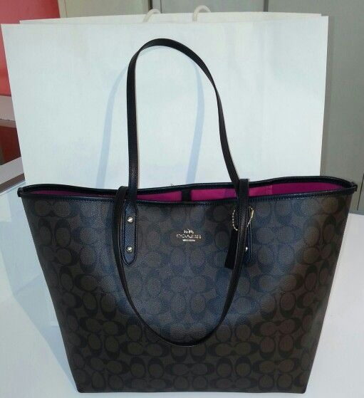 Coach Signature City Tote! Just got this bag and love it <3