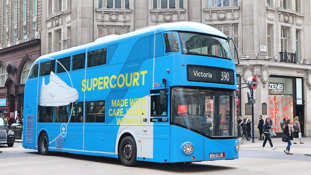 Metroline Lt761 Ltz1761 Adidas Supercourt With Images New Routemaster Photo Album Oxford Circus
