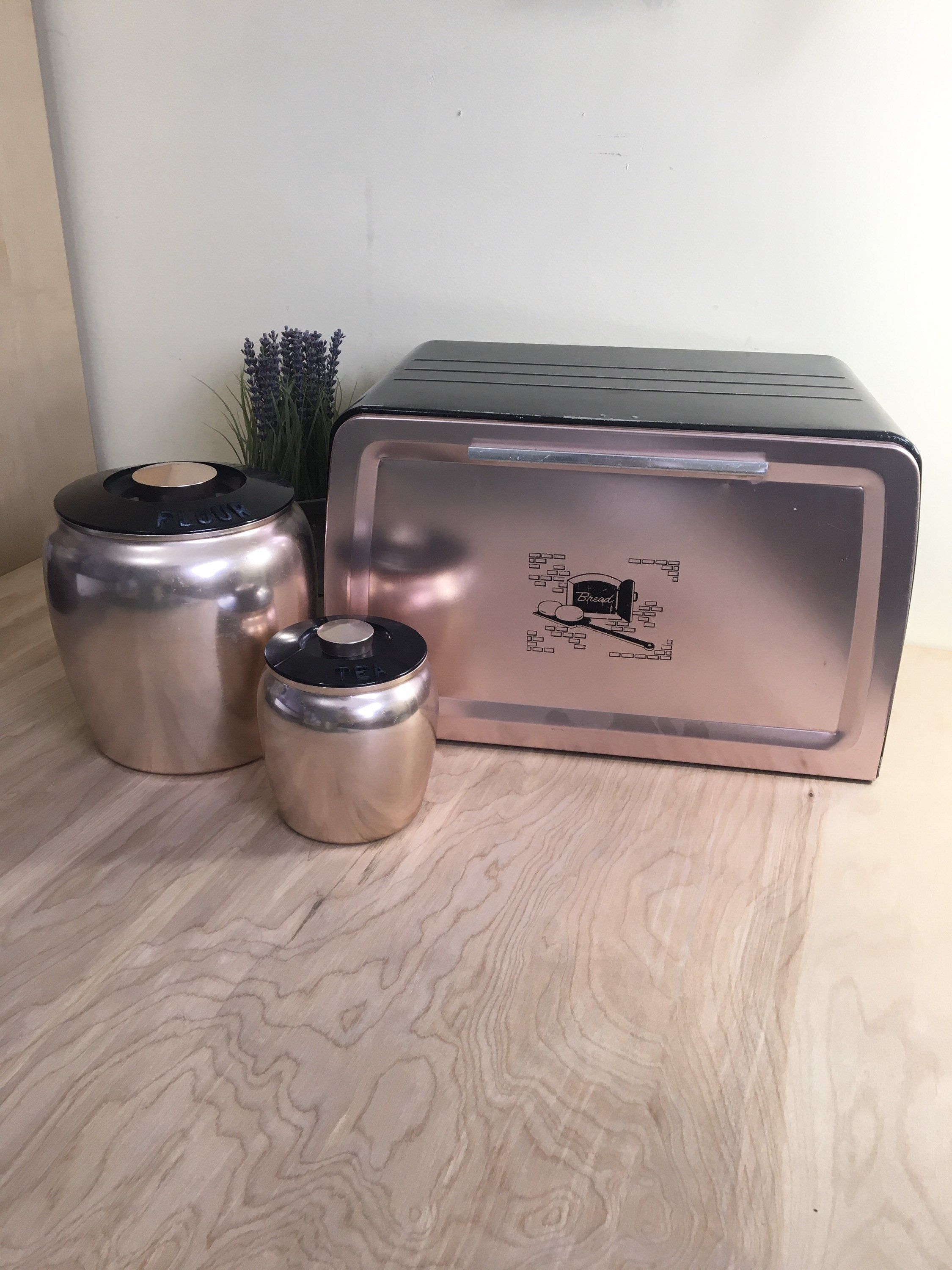 farmhouse bread box and canister set