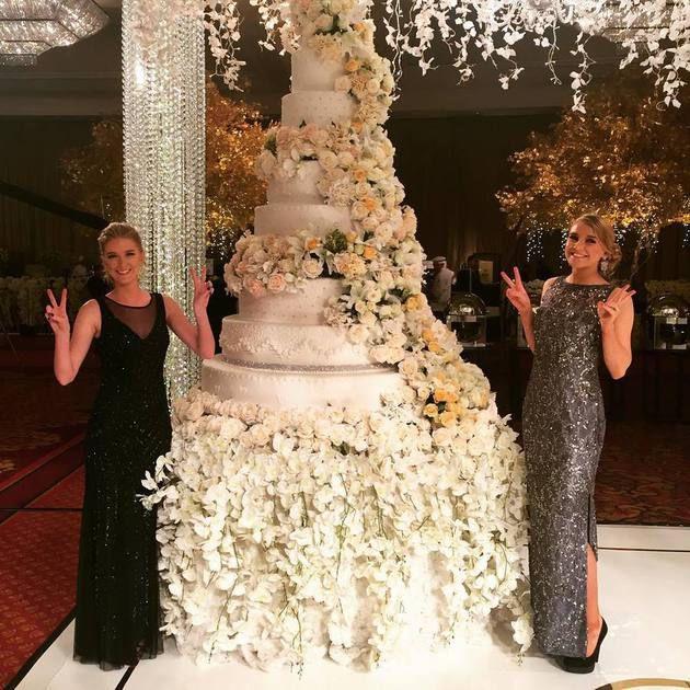 27 Amazing Celebrity Wedding Cakes - delish.com