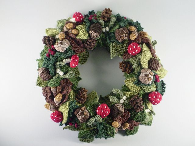 Free Pattern Woodland Wreath Owls By Frankie Brown Banners And