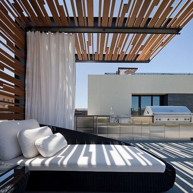 #pergolado #pergola #wooddesign #wooddecor #design #inspiration #inspirationdesign #decor #gardendesign