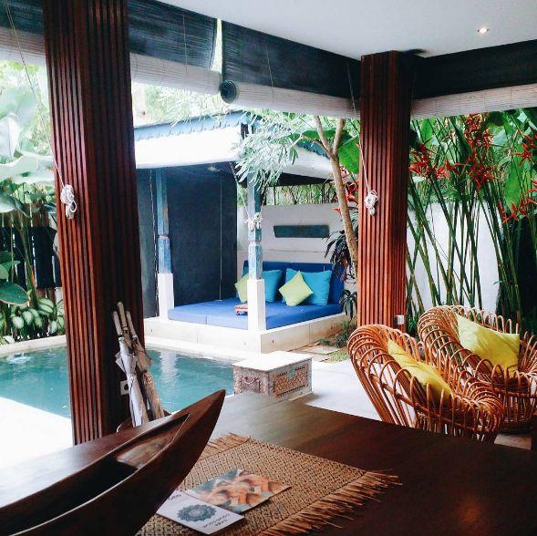 Staying at this sweet villa 😍. Courtesy of @callenk0h in #Instgram. #pulauboutiquevillas #seminyak #rentalvillas #bali #villas #pool #tropical #islands