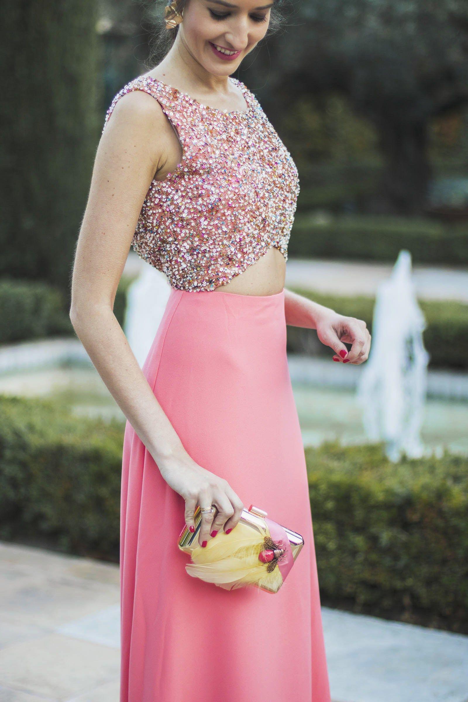 Vestido invitada boda de noche salmón de Apparentia | Combinaciones ...