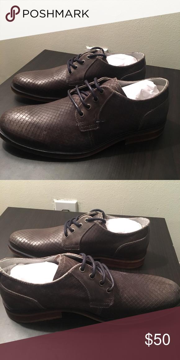 New Steve Madden Saville Grey Dress Shoes New Steve Madden Saville Grey  Dress Shoes. Size