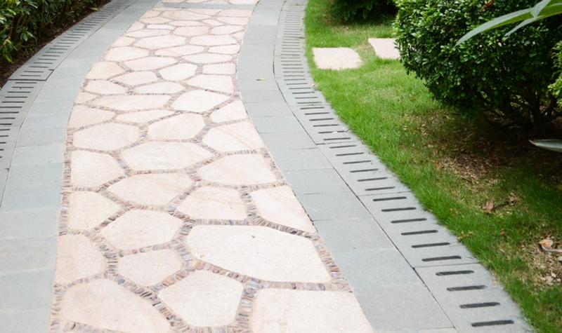V di vialetti da giardino idee per sentieri camminamenti e