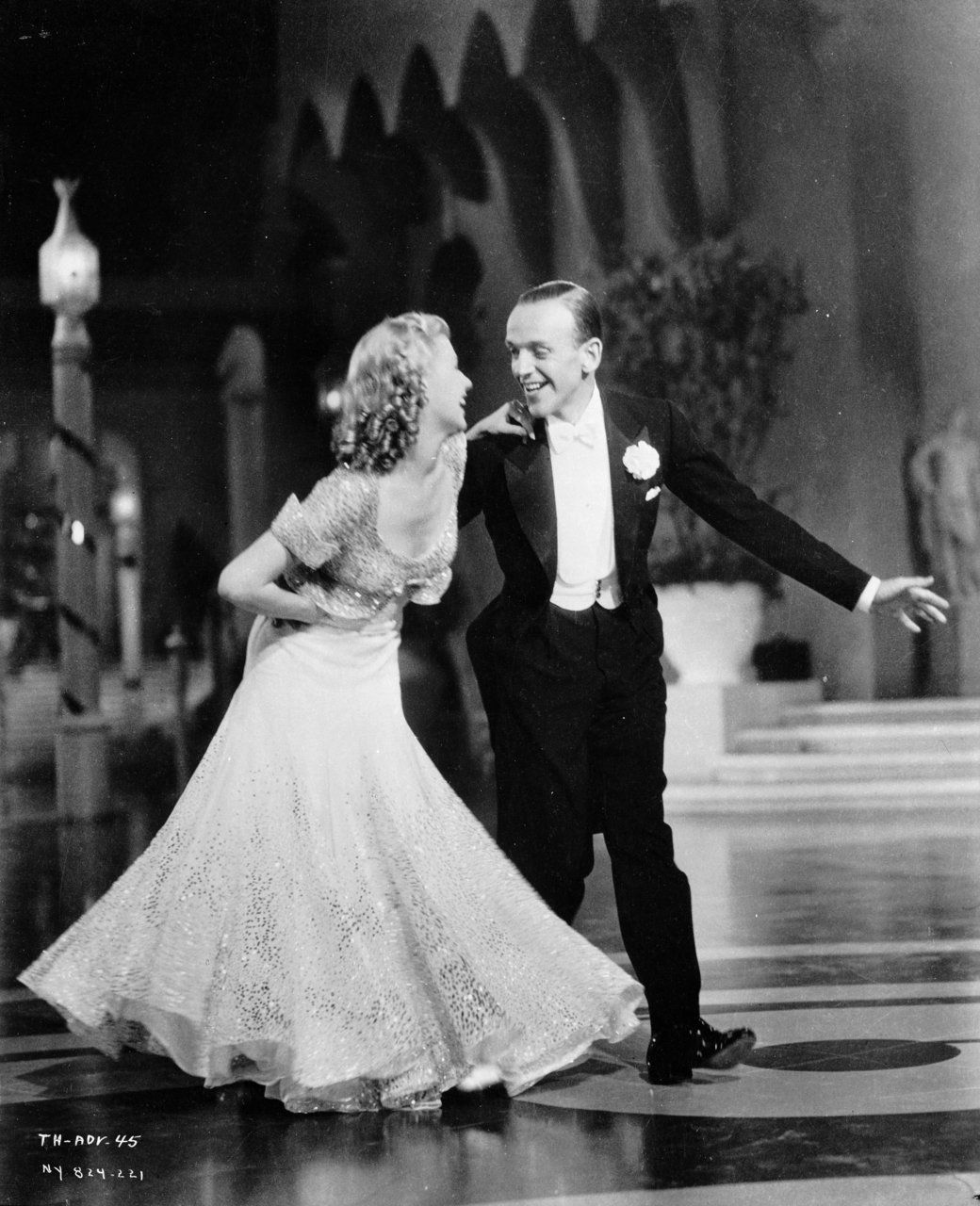 Ginger Rogers & Fred Astaire in Top Hat (1935 dir. Mark