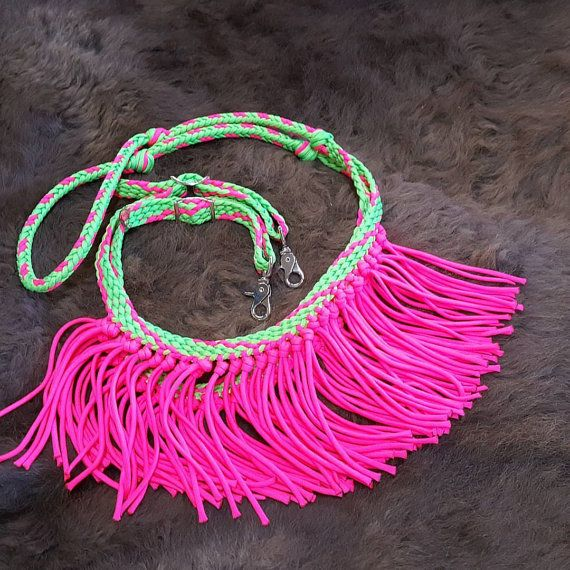 These can be made without frome as well,  Check out this item in my Etsy shop https://www.etsy.com/listing/488392768/8-fringe-barrel-reins