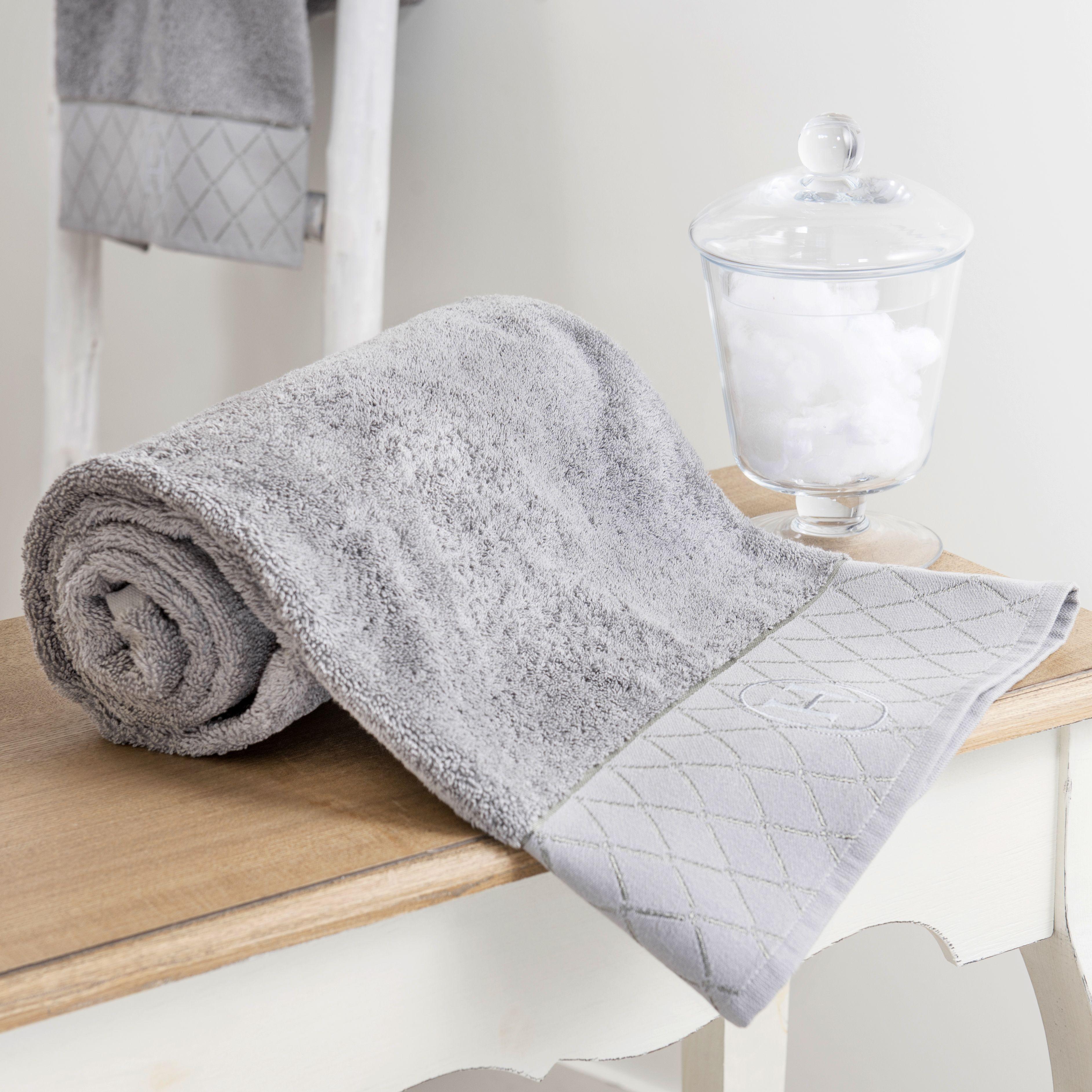 Badetuch HÔTEL aus Baumwolle, 70 x 140 cm, grau | Marcel | Pinterest ...
