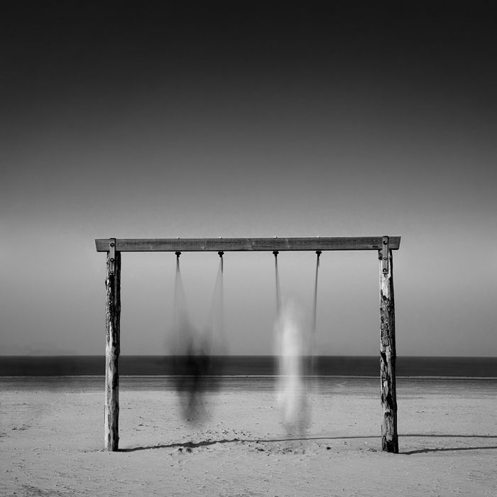 Swinging, photographie de Bernd Walz. Canon EOS 5D MkII, EF24-105mm f/4L IS USM @58 mm, N.D. 3.0 neutral density filter, f/22, 26 seconds. long exposure. Dans Gens, Quotidien, Loisir. Swinging, photographie de Bernd Walz. Image #238464