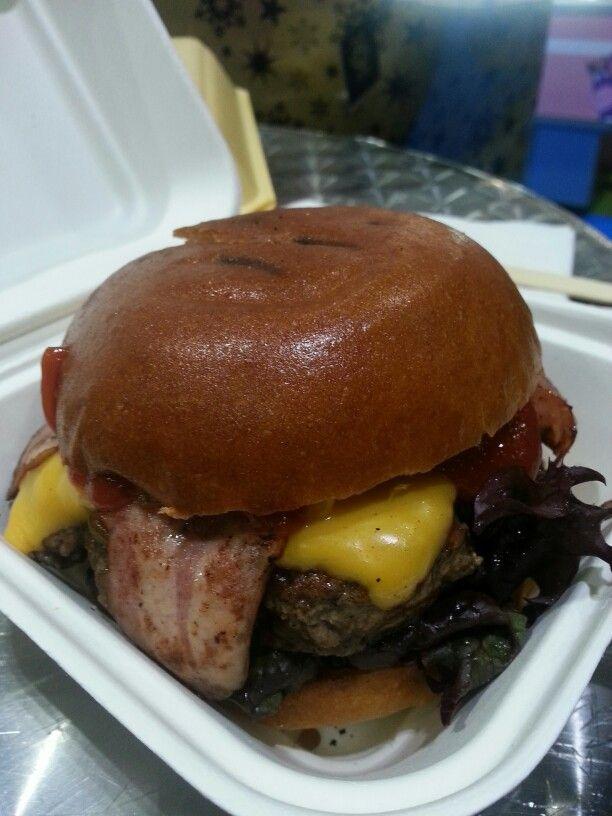 Joe Shmoe Burger - Meat&Shake, Tooting, London. #halal #halal2paname