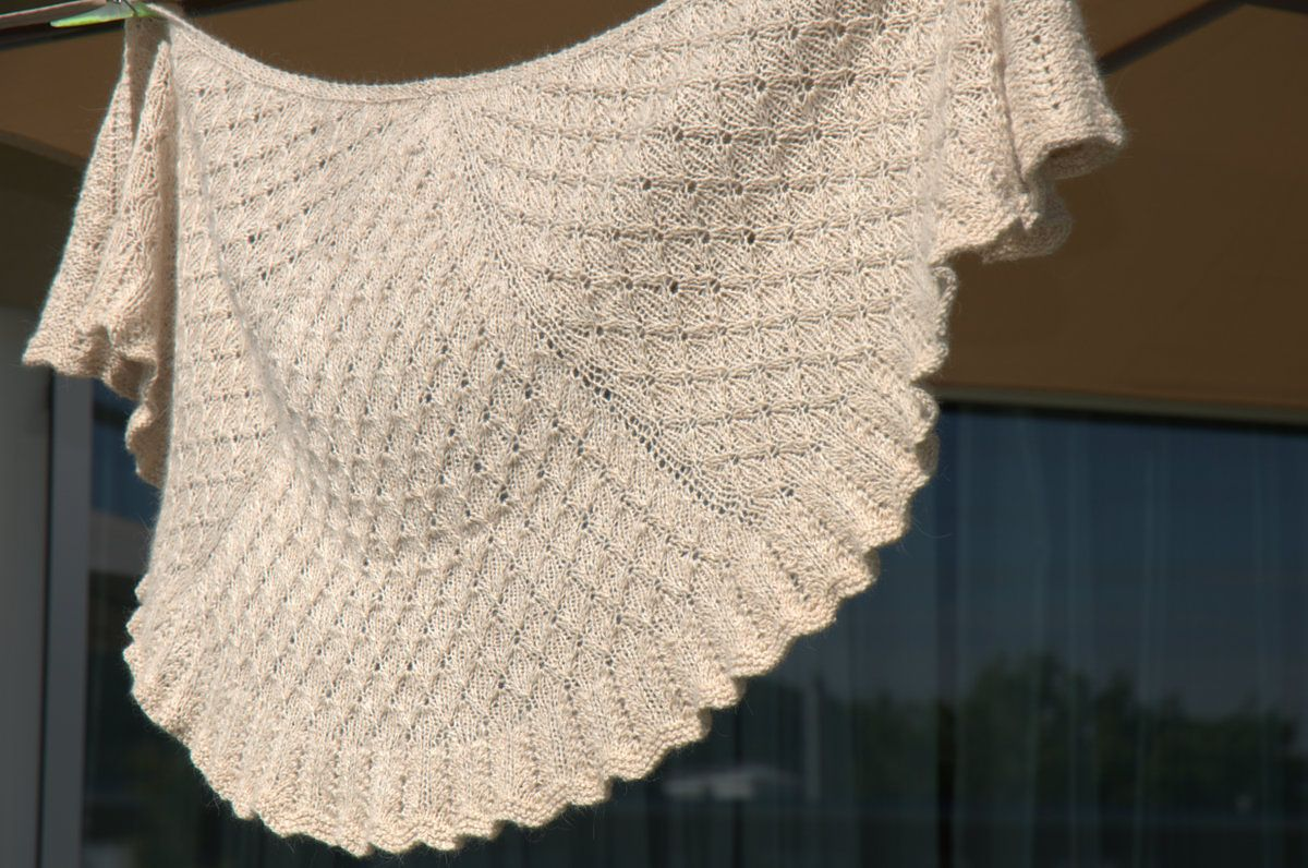 Ravelry: muzsi\'s Snowfall Shawl | Crochet/Knit Scarfs & Shawls ...