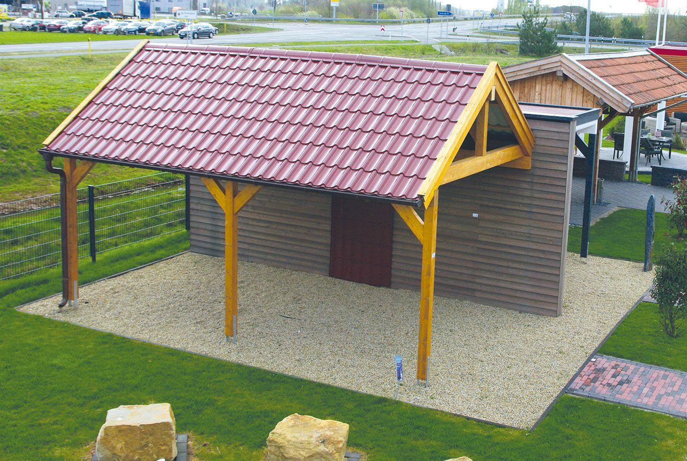 Sie Wollen Kein Carport Mit Flachdach Eine Alternative Bietet Das Satteldachcarport Aus Holz Es Kann Mit Dachschinde Dachschindeln Carport Verkleiden Carport