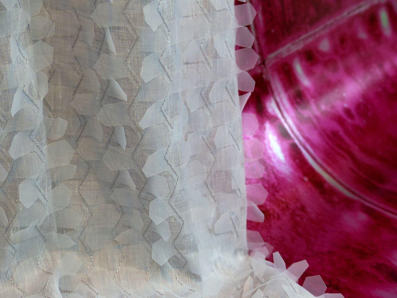 Tapete #DesignersGuild, Dekostoff #nyanordiska MIYAKO Leinen, Polyester Viscose Mix #Rademann #Kiel #Raumausstatter #Bodenbelag #Dekoration #Sonnenschutz #Tapete #Kissen #Polsterei