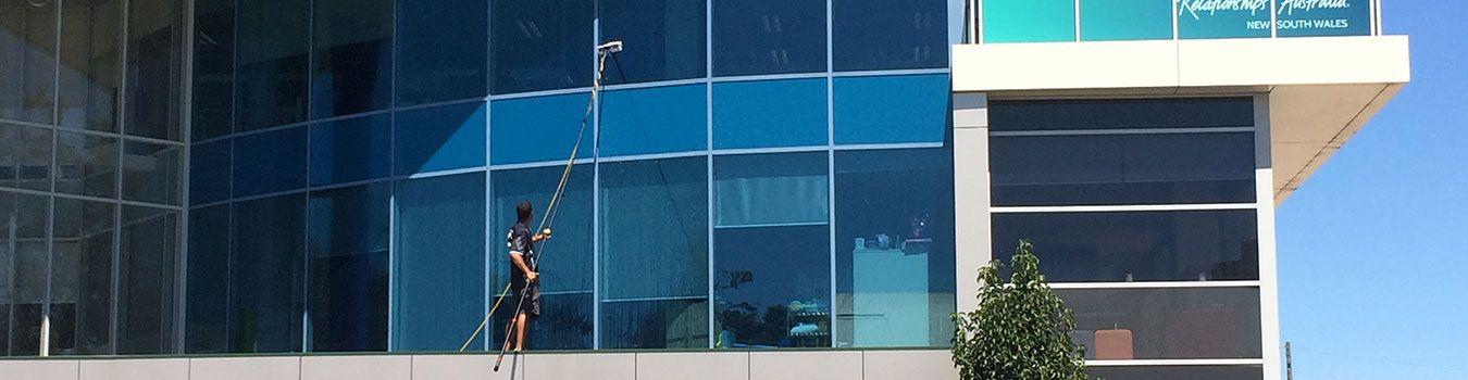 Window Cleaning Window cleaner, Washing windows, Smart glass