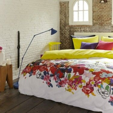 Fröhliche Blumen und Farben im Schlafzimmer Bettwäsche - welche farbe für das schlafzimmer
