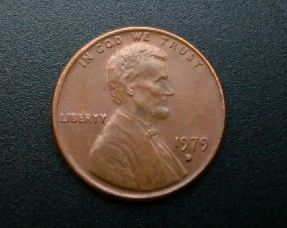 1979 D Lincoln Memorial Penny cent Error Coin - doubled mint mark