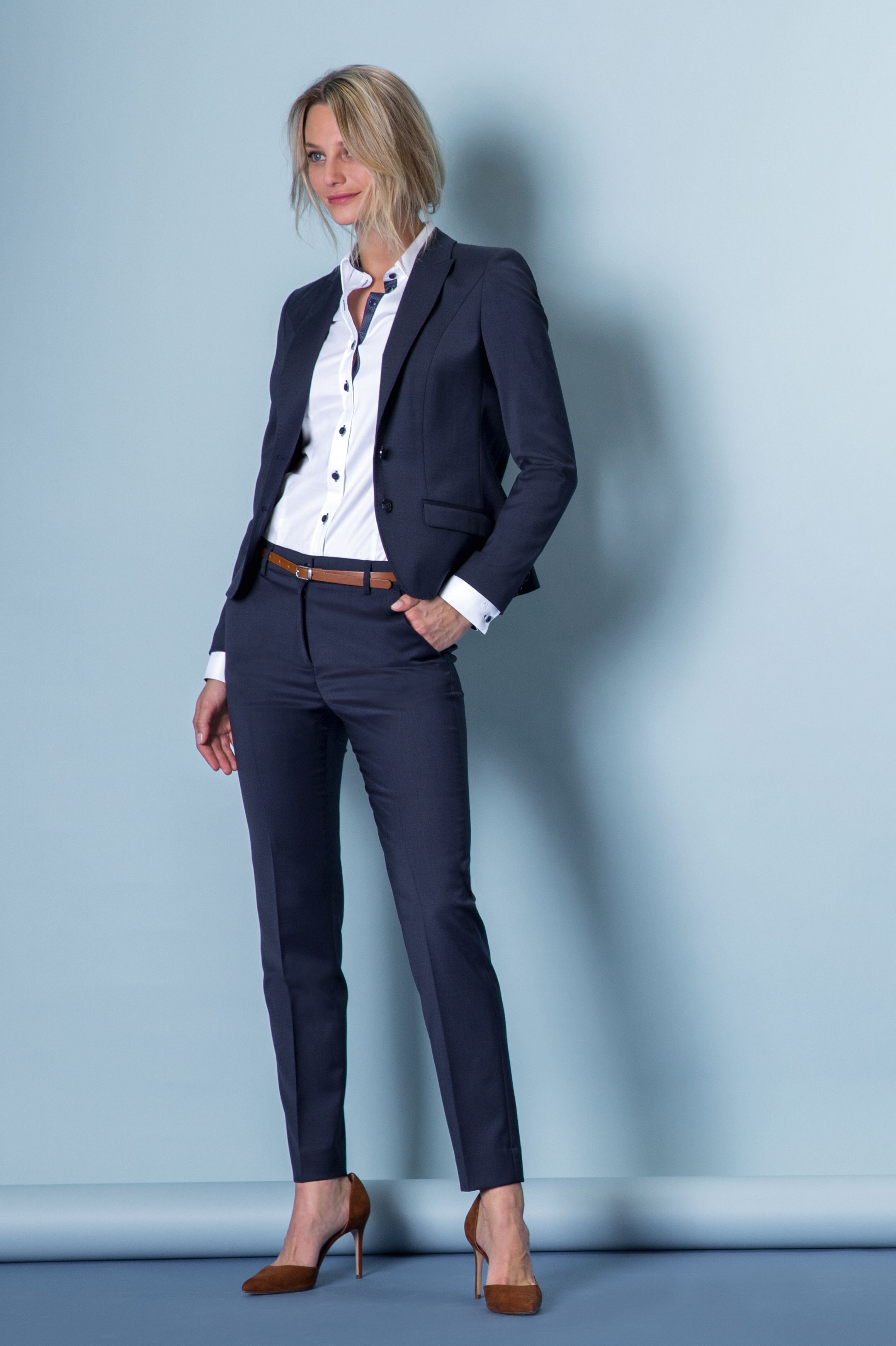 collection 2019 20 women business look blazer trousers dark blue