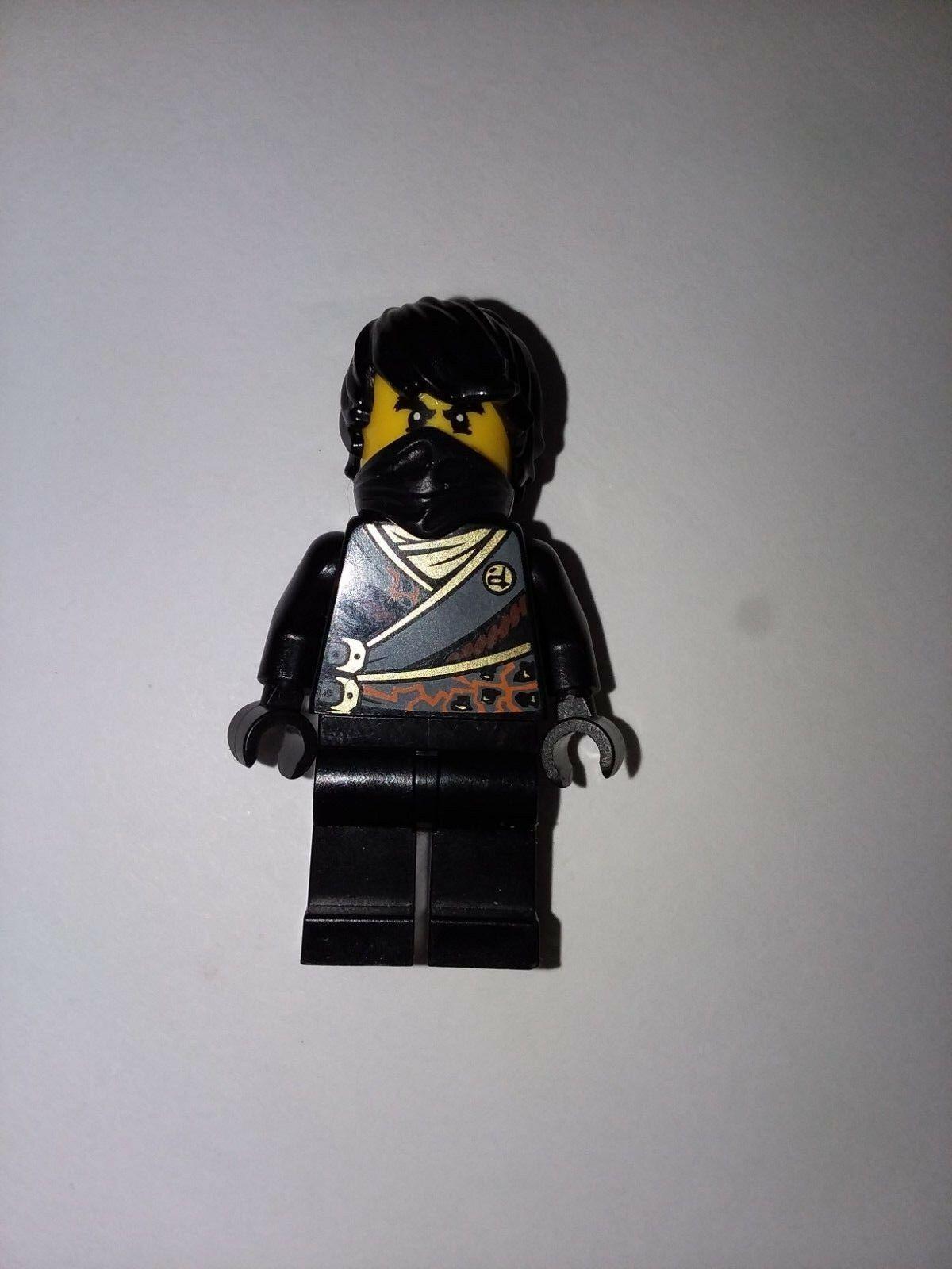 LEGO Ninjago 70723 Black Ninja Cole Rebooted with Sword Minifigure NEW D34  LEGO Minifiguren