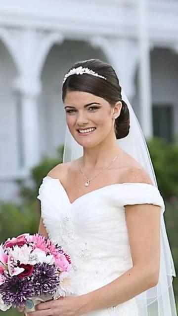 Disney Fairytale Wedding Soft Natural Make Up Beautiful Wedding Hair Wedding Hairstyles Bridal Hair And Makeup