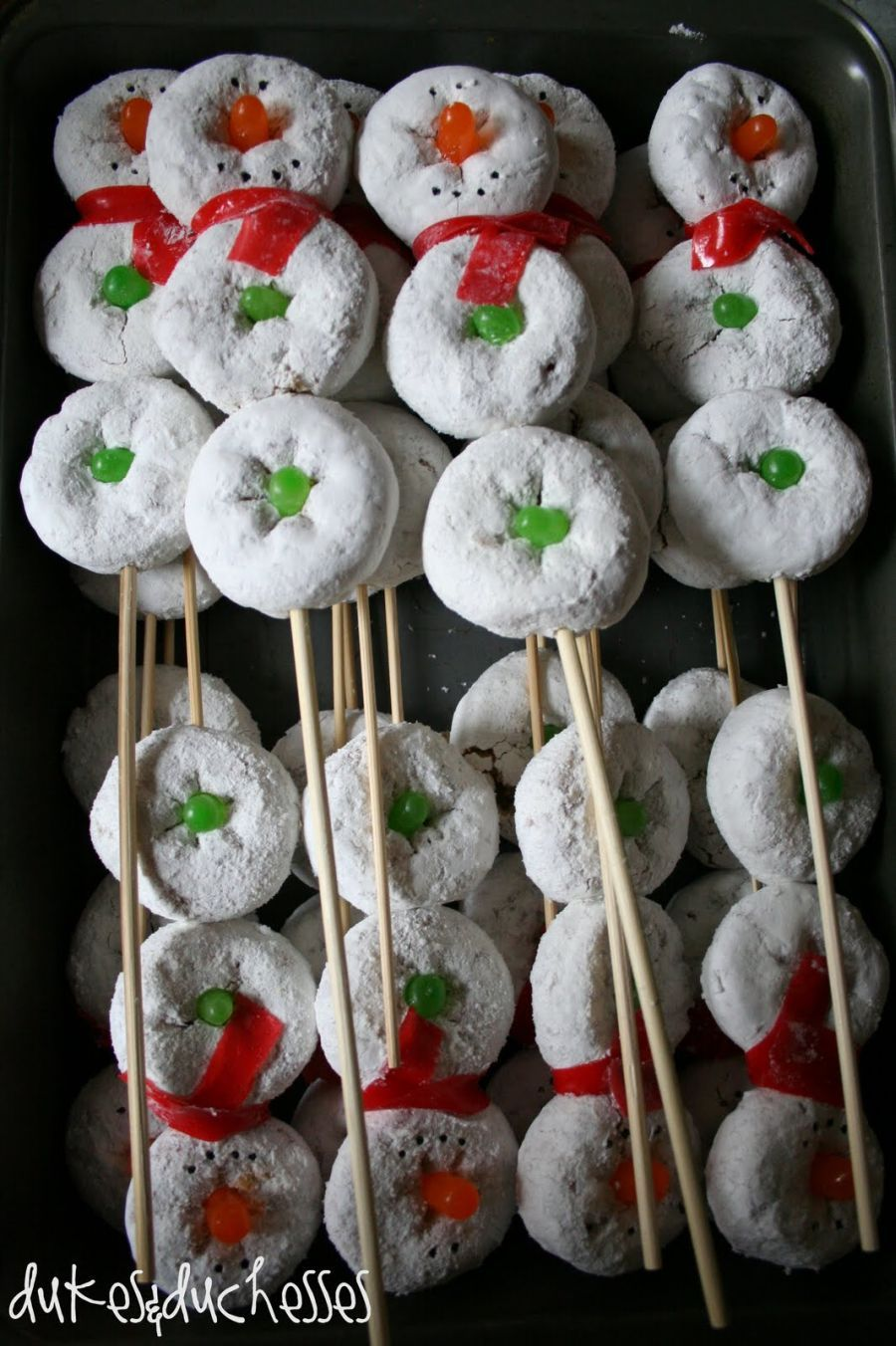Ideas For Finger Foods For Christmas Parties Part - 42: 23 Christmas Party Decorations That Are Never Naughty, Always Nice