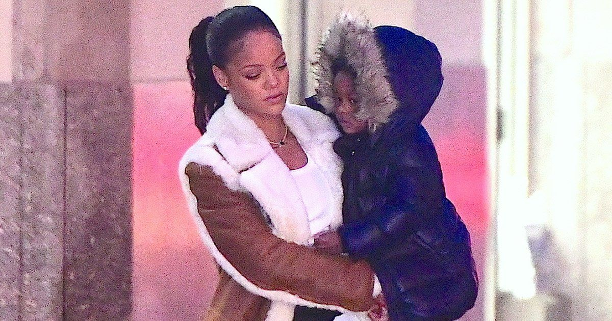 Rihanna's Cool Babysitting Wintertime Style - Vogue