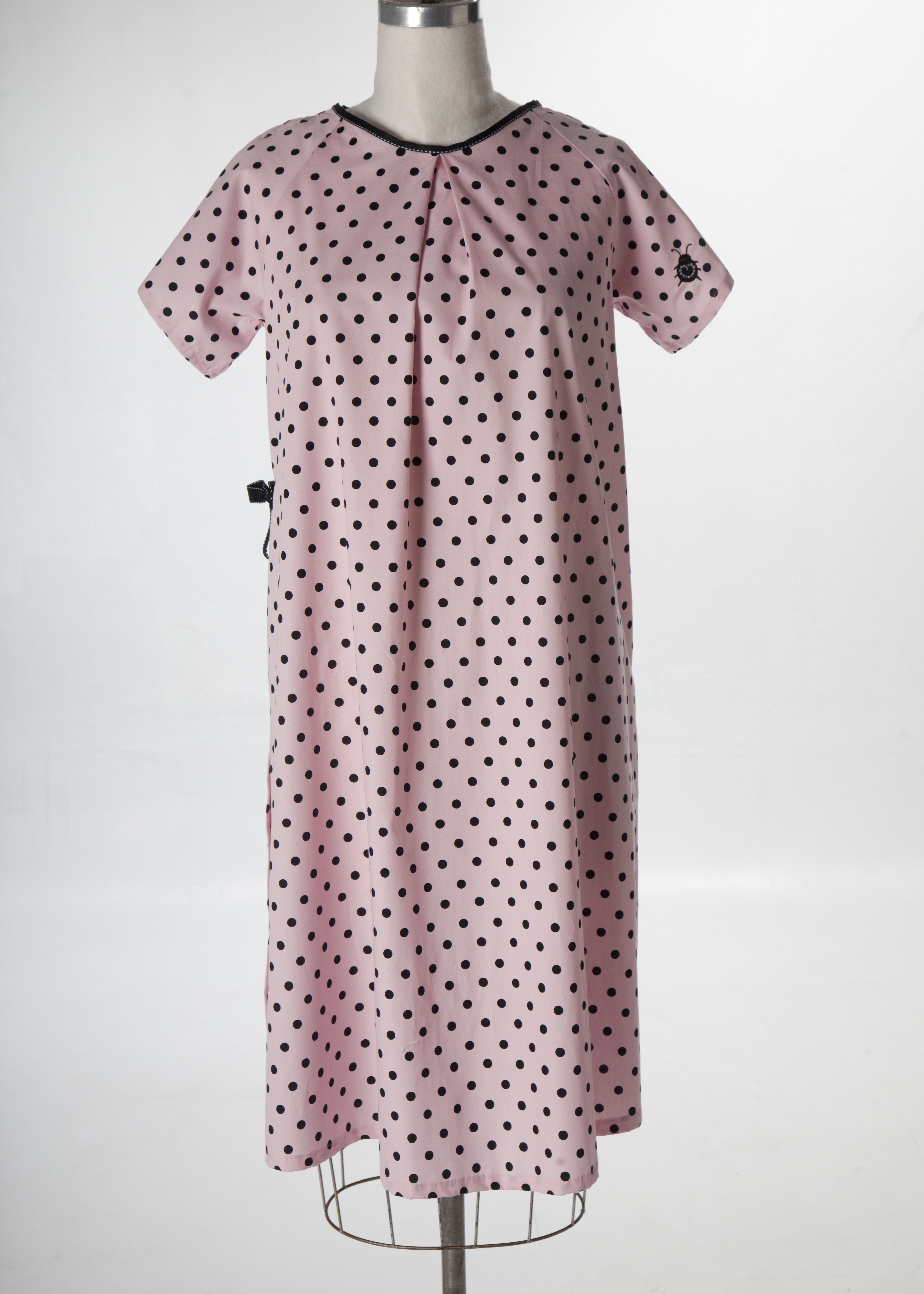 hospital gown   Not-Your-Average Hospital Gown   Pinterest