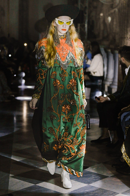 Gucci Resort 2020 Fashion Show | Modestil, Globale mode ...
