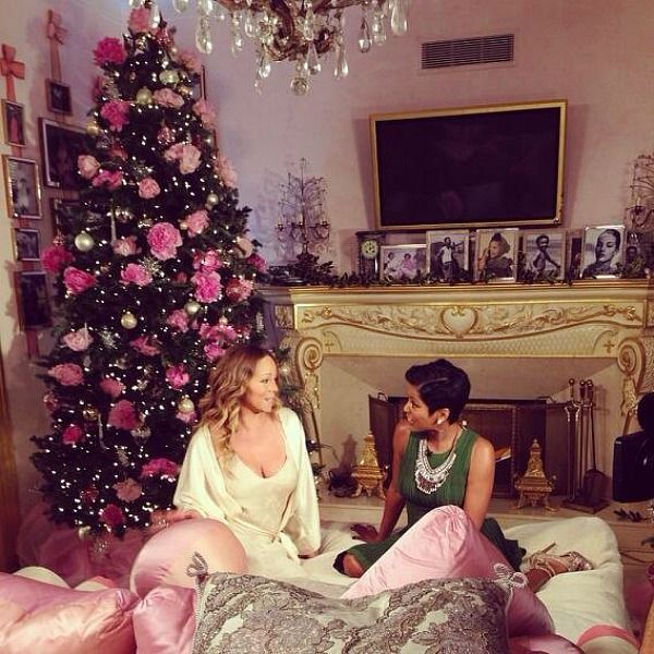 Mariah Carey Gives A Tour Of Her Home For Holidays Glamorous Christmas Tree Mariah Carey Christmas Luxury Christmas Tree