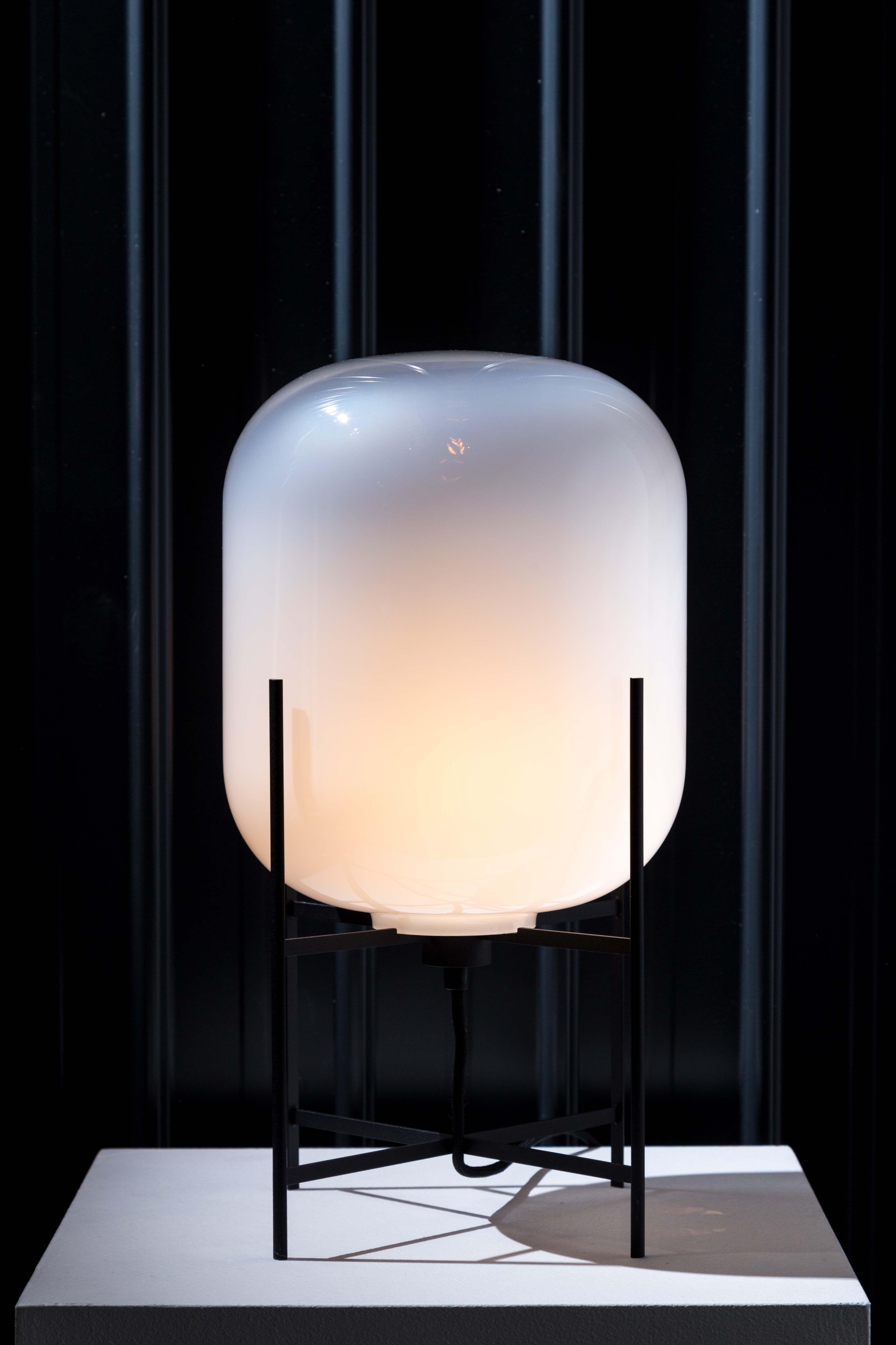 Oda By Sebastian Herkner For Pulpo Lampe Mundgeblasenes Glas Glastische
