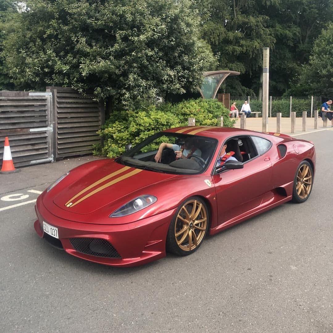 Ferrari 430 Scuderia Specs Photos: 331 Curtidas, 3 Comentários
