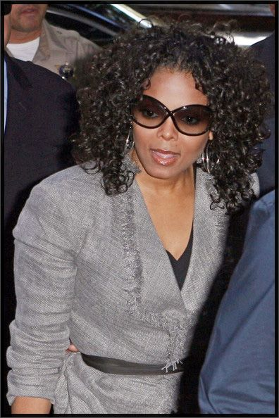Is This A Janet Jackson Curly Weave Hairstyle Or She Wearing Her Own Hair To The Court Hearing Of Doctor Who Allegedly Killed Michael
