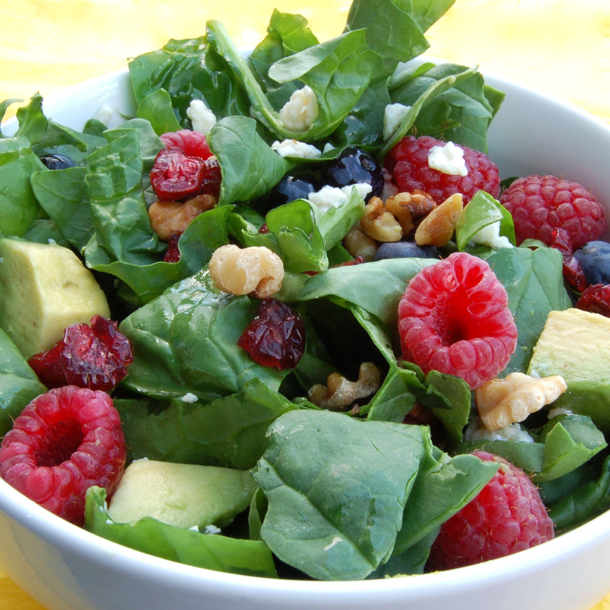 Raspberry And Walnut Kitchen: Spinach Salad W/fruit, Walnuts And Raspberry Walnut