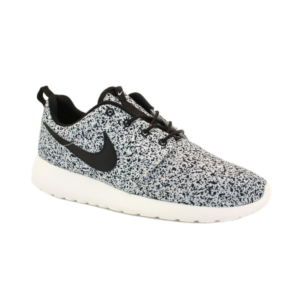 roshe nike womens white and gray spotted sneakers