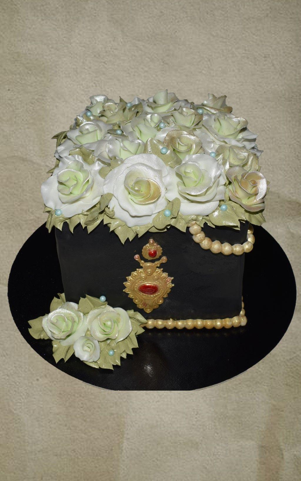Roses box cake