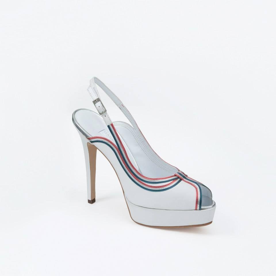 MV S/S2015 #shoes #fashion #heels #design #leather #sandals