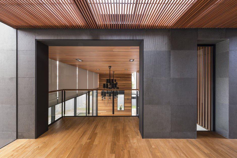 Wood slat ceiling armstrong pinteres for Modelos de techos para terrazas