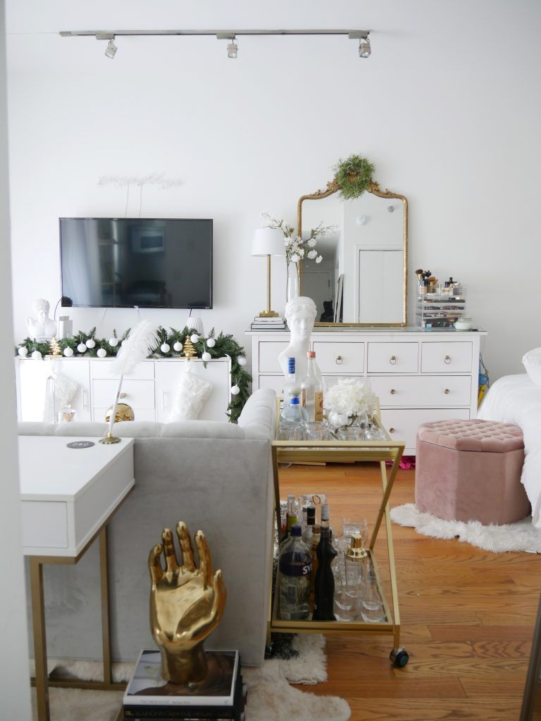 How To Decorate For Christmas Without A Tree Cheap Living Room Sets Decor Apartment Chic
