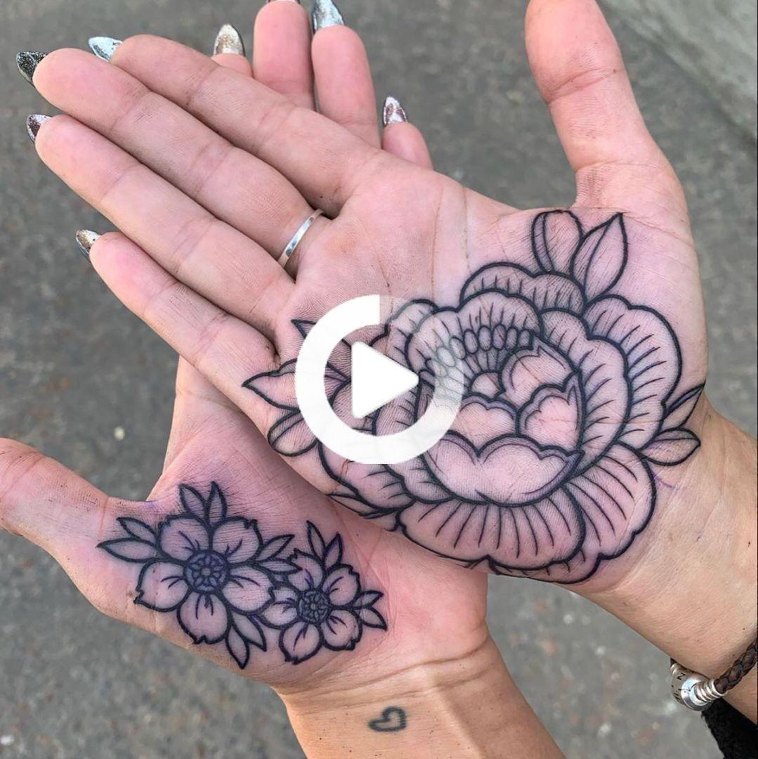 60 Unique Hand Tattoos For Women Bein Kemen In 2020 Hand Tattoos For Women Small Hand Tattoos Hand Palm Tattoos