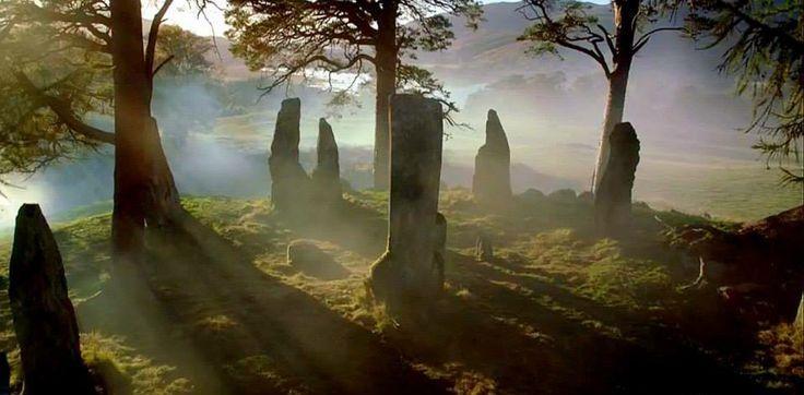 craigh na dun | ♧ the céltic age ♧ | outlander novel, outlander